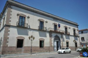 comune-di-castel-volturno-300x200 ELEZIONI COMUNALI 2019: TANTI NOMI IN BALLO, NESSUNA CERTEZZA