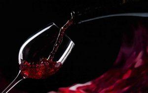 immagine-vino-falerno-300x188 VINO FALERNO: SAPORE SUBLIME ED ECCELLENZA DEL TERRITORIO: AL POLO CULTURALE VA IN SCENA UNA SERATA DI ASSAGGI E SPETTACOLO